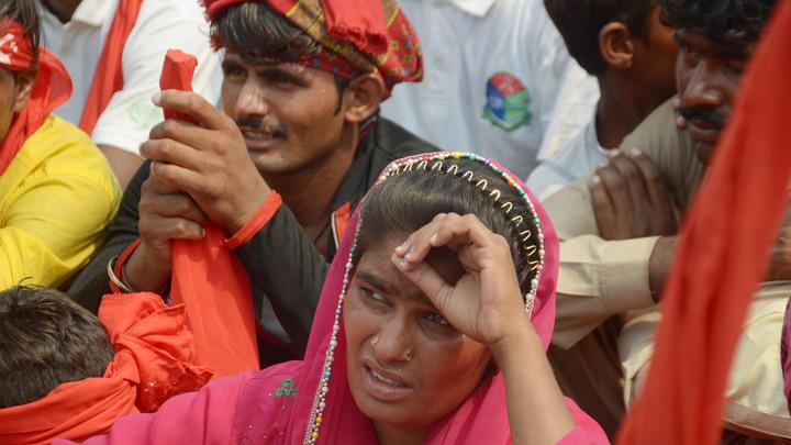 Не миллионер из трущоб: Через счета нищего пакистанца прогонялись гигантские суммы