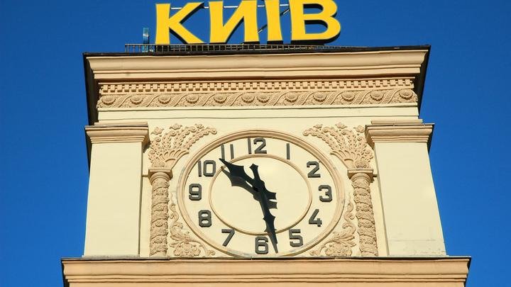 Полсотни школьников ограбили магазин в центре Киева