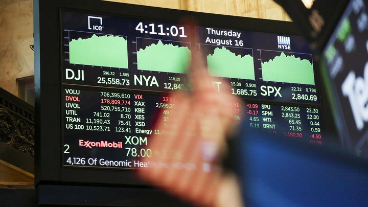 Десять лет так не падали: Американские индексы рухнули