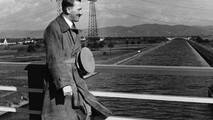 ЦРУ в докладе о Гитлере: «Садомазохистские наклонности с уклоном к гомосексуализму»