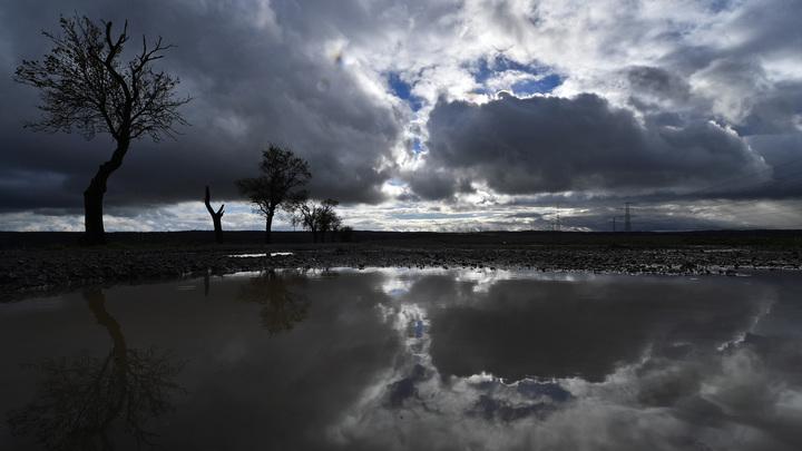 Тропический ливень на Кубани: Пять тысяч человек все еще остаются без света