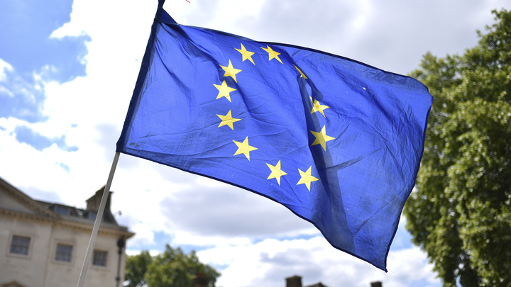 Европа начнет движение в сторону России и Азии - Караганов
