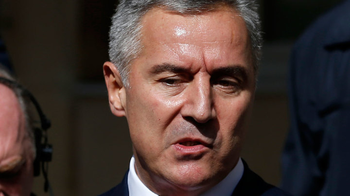 Выборы в Черногории: Проигравший Джуканович провоцирует революцию