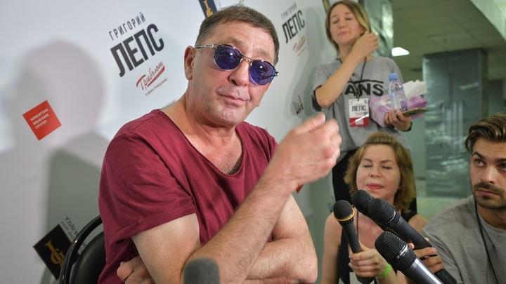 В ответ на угрозы Киева представители Лепса пообещали новые концерты в Крыму