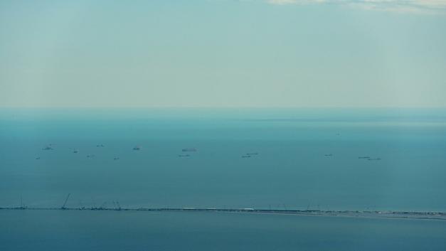 Возвращаясь с учений НАТО, фрегат ВМС Норвегии пошел ко дну - видео