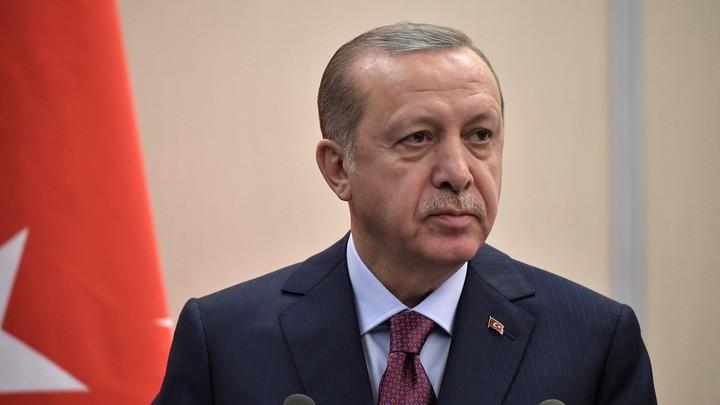 Инцидент в Керченском проливе надо решать дипломатическим путем - Эрдоган