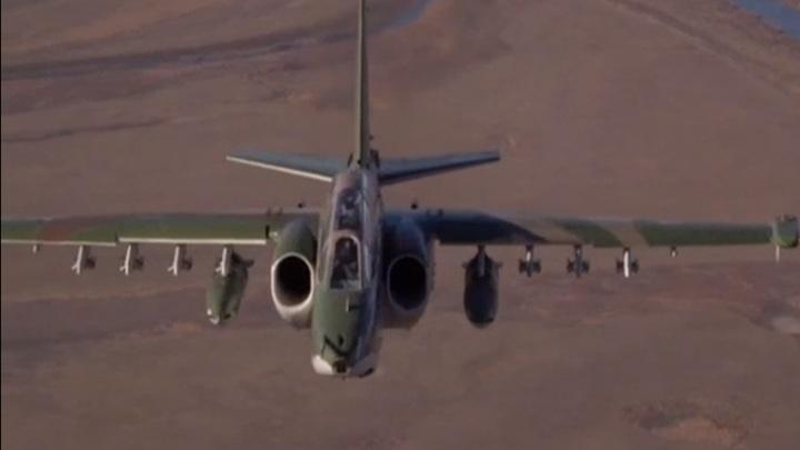 Минобороны показало уникальную посадку самолета Су-34 по приборам