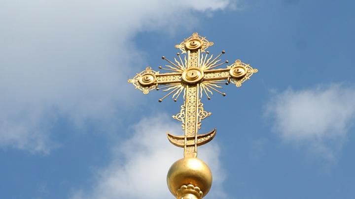 Под Киевом сожгли храм канонической Украинской Церкви