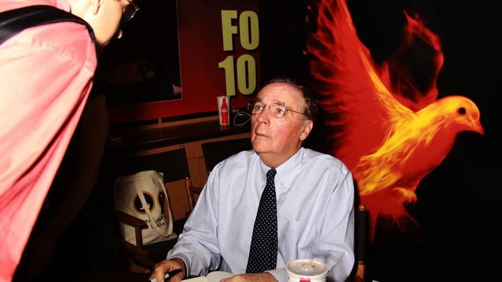 Мама Гарри Поттера уступила первое место Джеймсу Паттерсону: Рейтинг самых дорогих писателей от Forbes