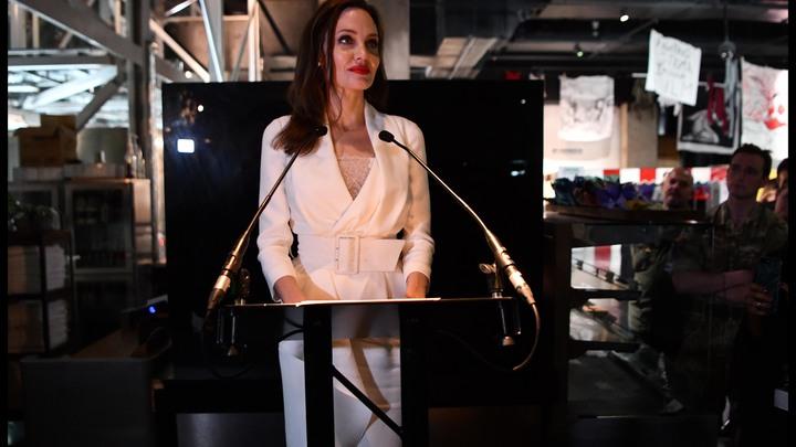 Янахожусь наинтересной позиции: Джоли рассказала овозможной политической карьере