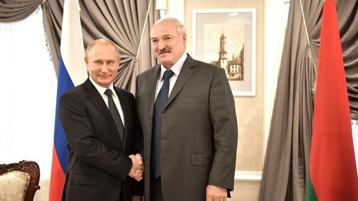Лукашенко  в новогоднем поздравлении  напомнил Путину об особой дате в 2019 году