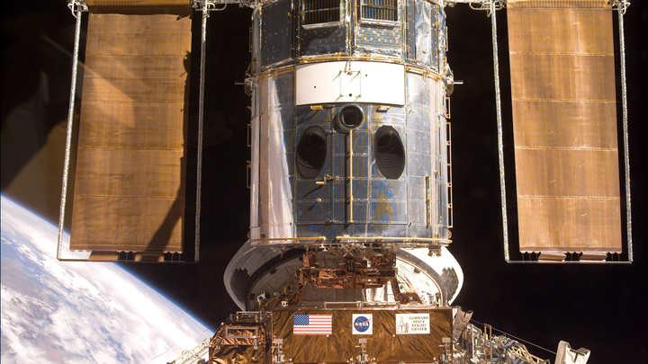 Ремонт камеры нателескопе Hubble затруднен шатдауном вСША