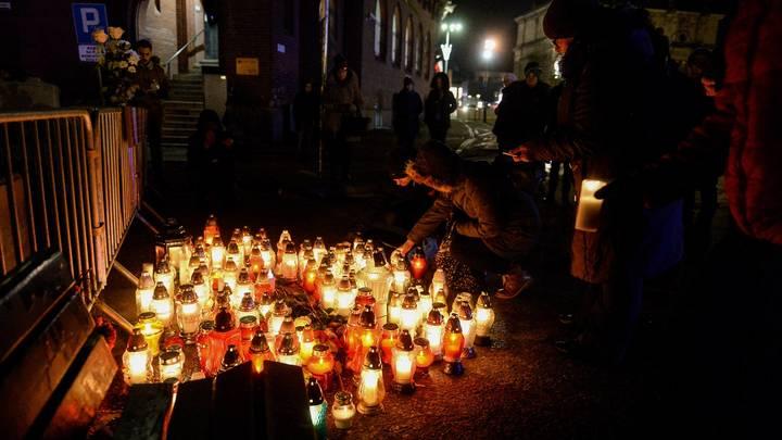 Убийство мэра Гданьска вывело поляков на массовые митинги против ненависти и насилия по всей стране