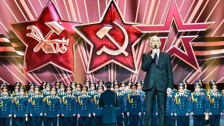 Когда он поет - стадионы встают: Василию Лановому - 85 лет
