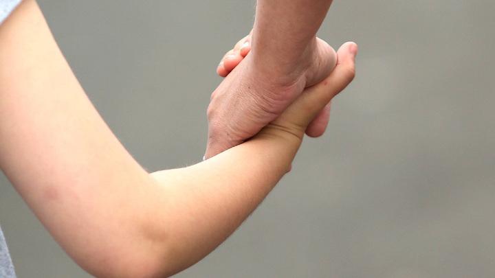 Смертельно больной матери из Казани власти пообещали позаботиться о сыне, если её не станет