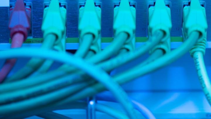 На американские компании Amazon, Apple, Netflix и YouTube подали жалобу из-за нарушения регламента ЕС о защите данных