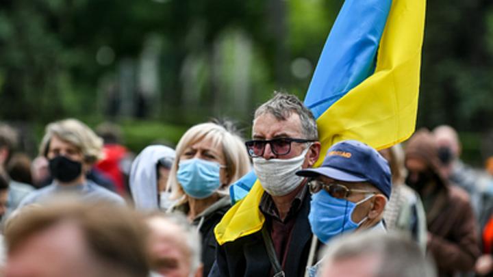 Воссоединить с Россией не только Крым: Вассерман заявил о лучшем спасении для Украины