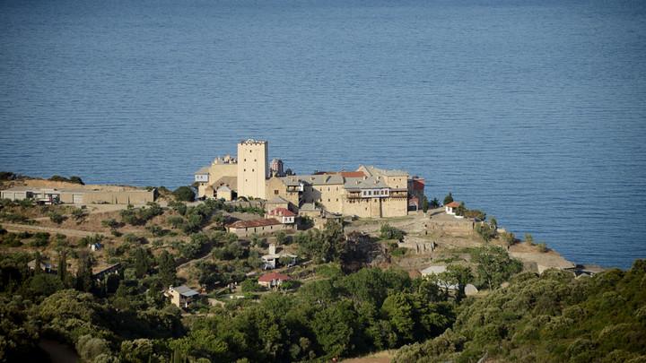 Афонский монастырь Пантократор присоединился к украинским раскольникам