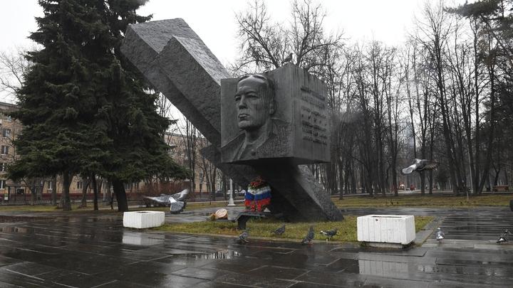 Обморожение, а не пытки: Невзоров счел трагическую смерть генерала Карбышева неоригинальной