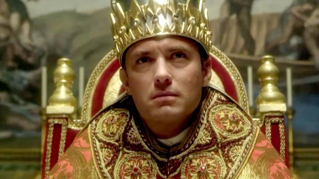 Молодой Папа Римский: пьет колу, курит и не верит в Бога
