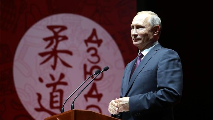 Комплексное воздействие: После трудного дня переговоров в Сочи Путин подзарядился на татами