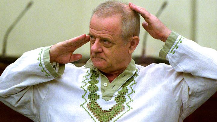 Я привык ходить сам: Отставной полковник Квачков сделал первые шаги на свободе