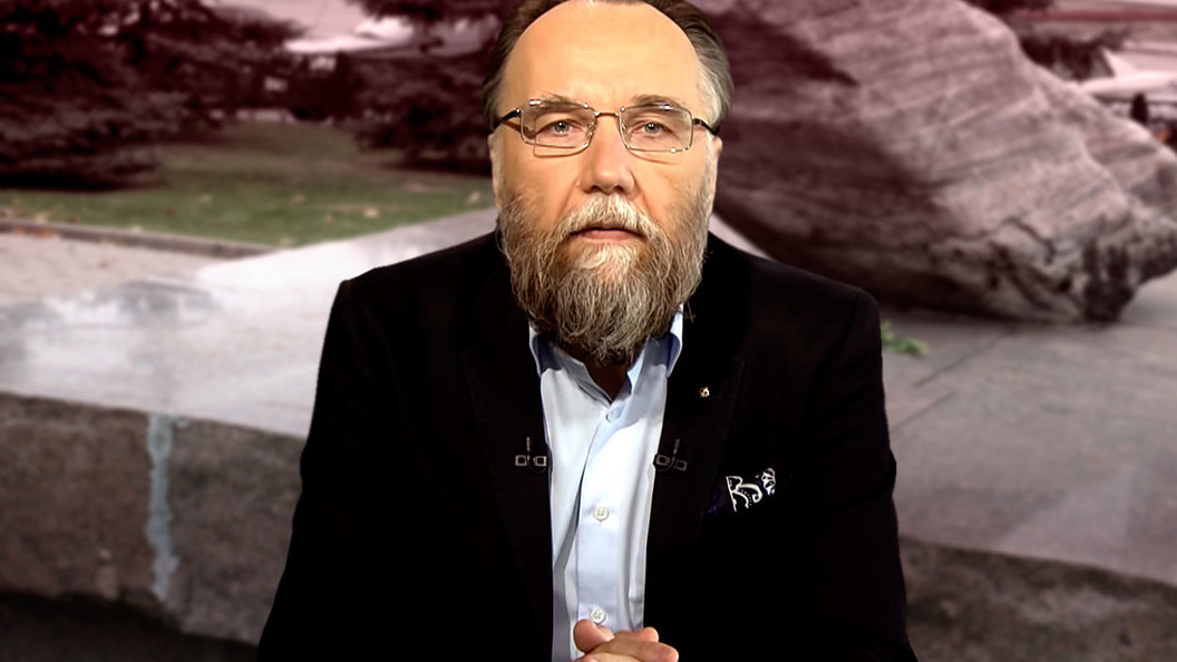 Александр Дугин: Большевики систематически истребляли русский народ