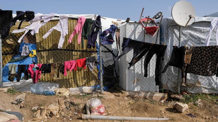 Умирающие беженцы Эр-Рукбана как живой щит: США не дают путь спасительным колоннам ради своих интересов - эксперт