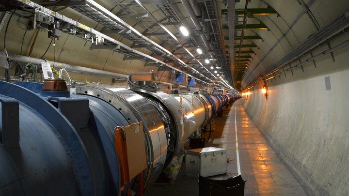 Эксперименты на коллайдере RHIC открыли ученым море античастиц внутри протона