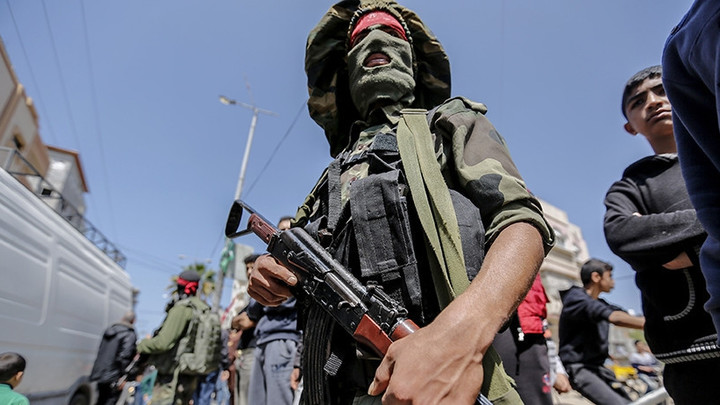 Боевики охотились именно на русских? Расстреляв военных в Сирии, боевики увезли раненых с собой