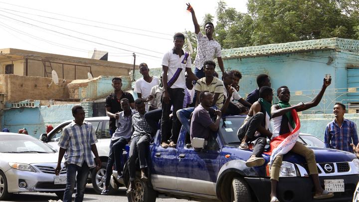 Здесь напрямую замешаны агенты США: Эксперт – о том, кто стоит за переворотом в Судане