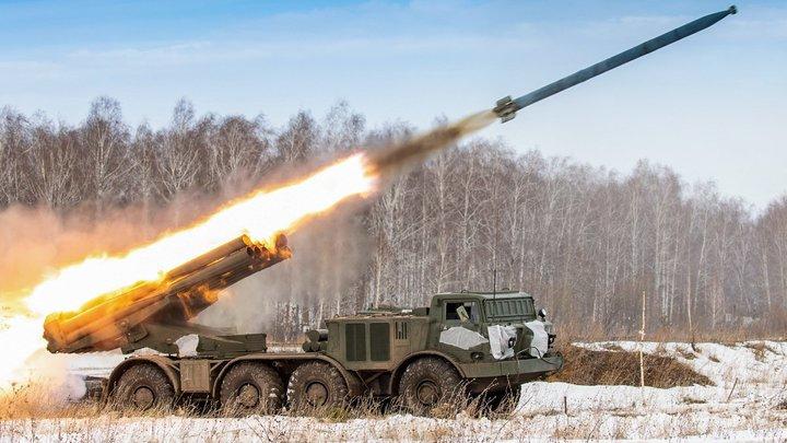 Финского журналиста поразили российские военные учения cМста-С, БТР-80 иРСЗО 9К57 Ураган