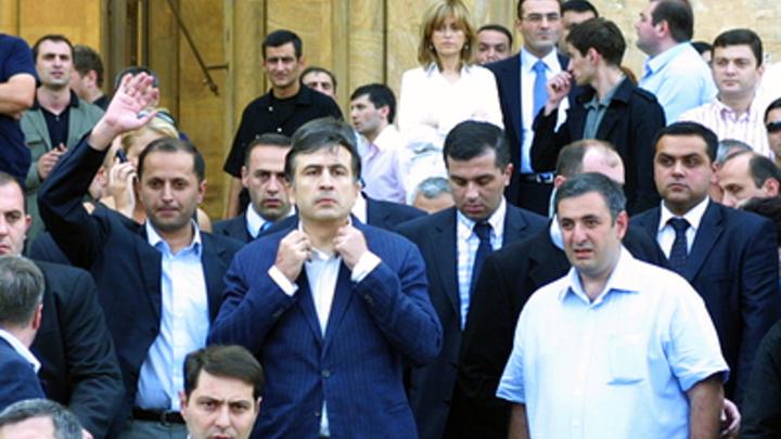 Гоу в Грузию!: Украинцы отправили Саакашвили на Родину