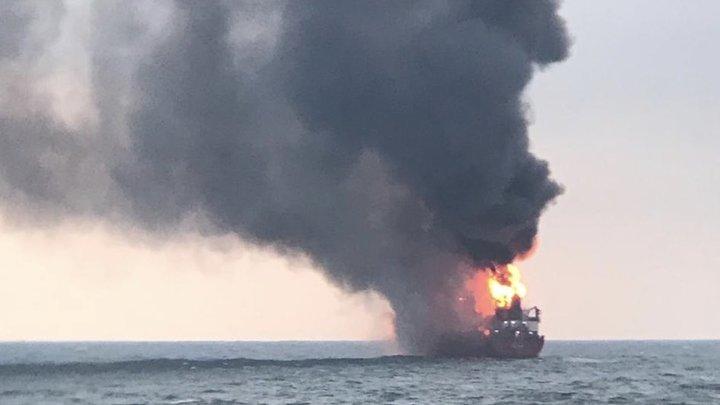 Турецкий буксир транспортировал Маэстро и Канди из российских территориальных вод