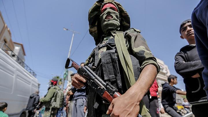 """Группировка """"Сарая Халид бин Валид"""" присягнула на верность ИГ* перед атакой на российскую базу Хмеймим - СМИ"""