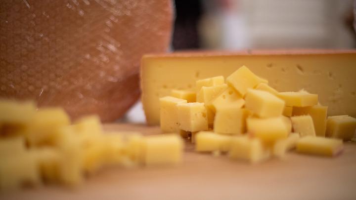 Сыр помогает снижать риск диабета и сердечно-сосудистых заболеваний – ученые