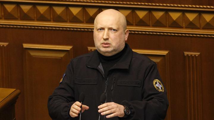 Турчинов уходит перед Порошенко: Секретарь СНБО Украины подал в отставку
