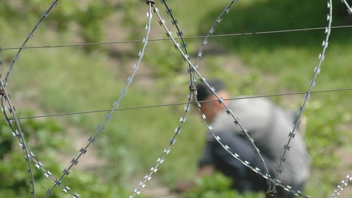 32 жертвы: Сторонники ИГ в колонии Таджикистана начали бунт, убивая охрану и сокамерников