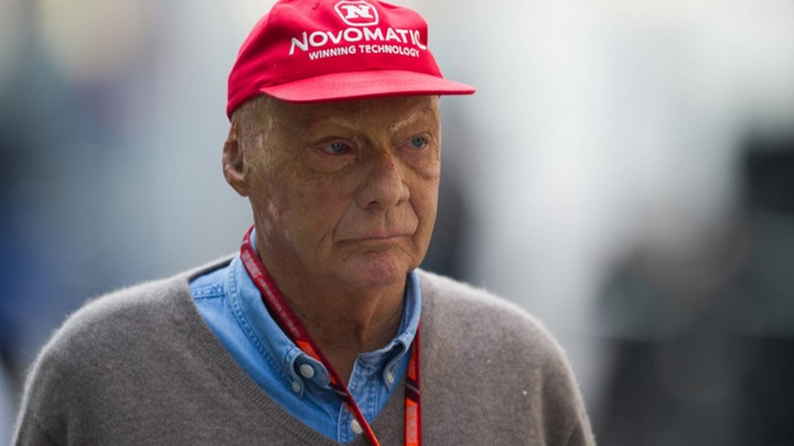 Легендарного гонщика Ники Лауду не спасли новые лёгкие - СМИ