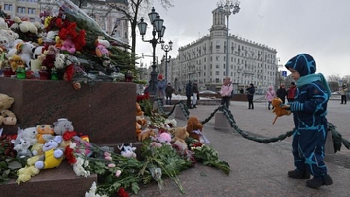 Говорили, наших детей спасут: Мать погибшей девочки в Зимней вишне требует 100 млн компенсации