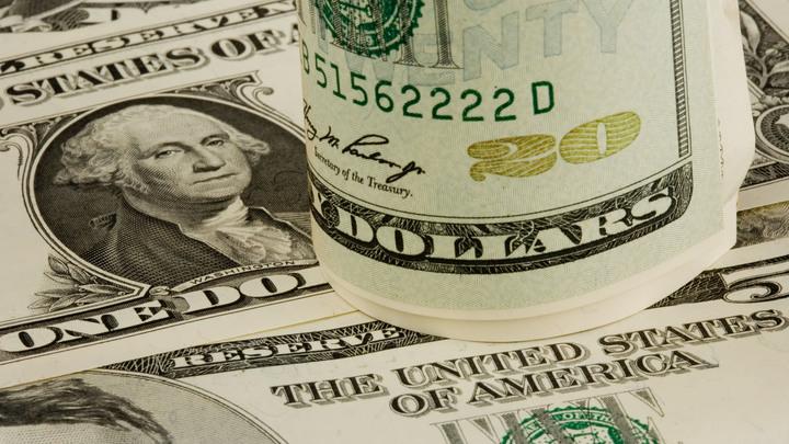 Доллар теперь ничем не обеспечен: План Москвы по сливу американской валюты оценил финансист из США