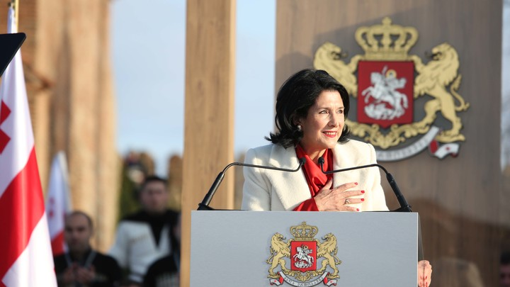 Президент Грузии обвинила в тбилисских протестах пятую колонну России