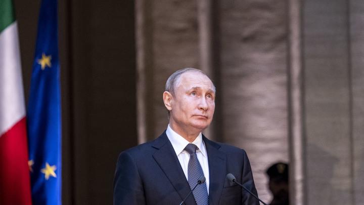 Много чести: Путин прервал молчание после хамского поведения ведущего Рустави 2