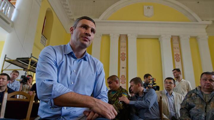 Он занимает нишу клоуна: Вассерман - о том, почему решили уволить Кличко