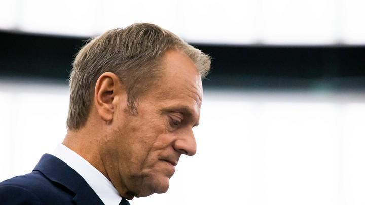 Только не я, Эмманюэль:  Туск отказался убеждать Евросоюз изменить жесткое отношение к России