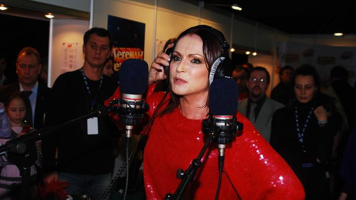 Совесть-то должна быть: Ангелина Вовк не сдержалась, узнав о намерении предавшей Россию Ротару зажигать в Песне года