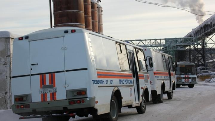 Пожар на шахте в Коми: Девять горняков остались на глубине со спасателями искать пропавших товарищей