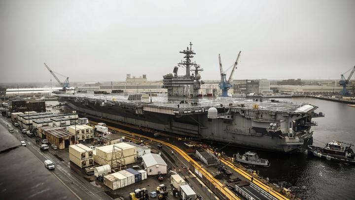 Заперты в Норфолке: Атлантика осталась без единого американского авианосца - СМИ