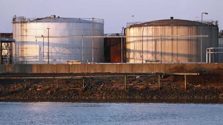 Это просто пиар-акция Минска: Литовские танкеры везут в Белоруссию российскую нефть от трейдеров