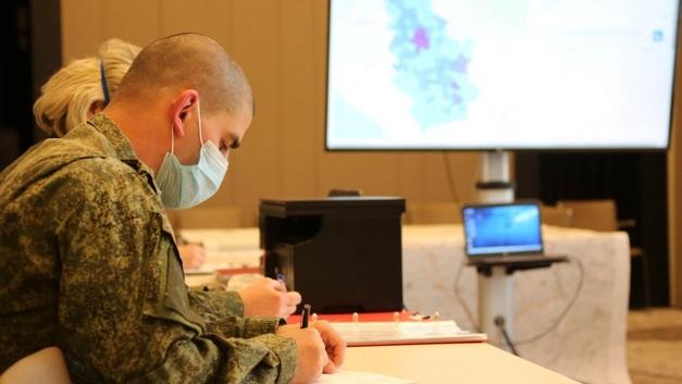 Давайте честно. Армию России от COVID-19 спасает особое лекарство